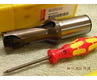 Sandvik 27mm U Drill 880-D2700L32-02 2xD through coolant new